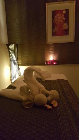 Phone numbers  of parlors happy ending massage  in Newcastle under Lyme, England