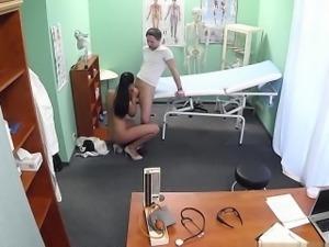 Penha  (BR) happy ending massage