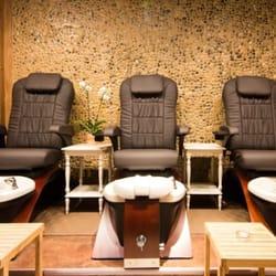 Erotic massage in Grosse Pointe Woods, Michigan