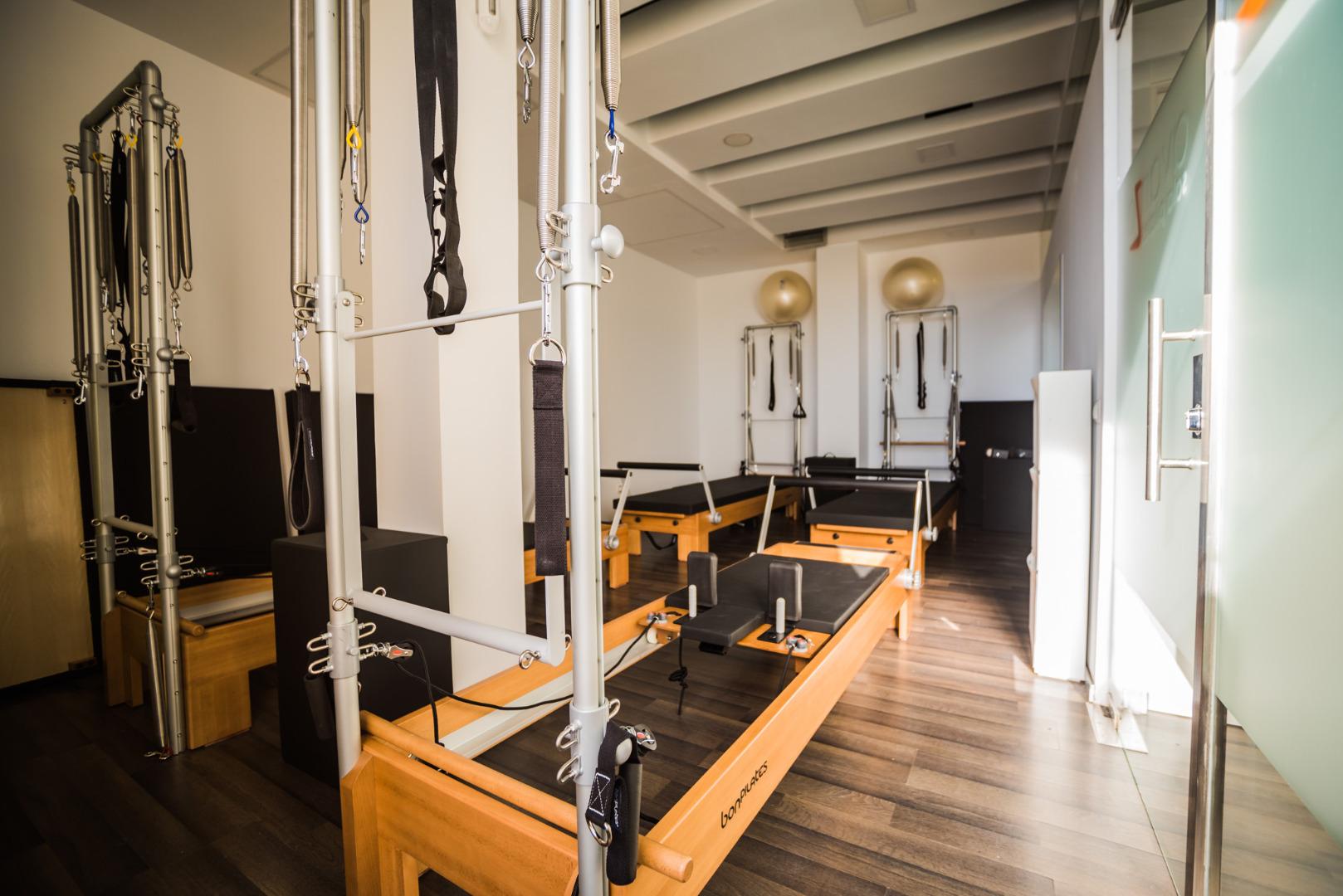 Where find parlors nude massage  in Fuencarral-El Pardo  (ES)