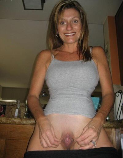 women nude in el seibo