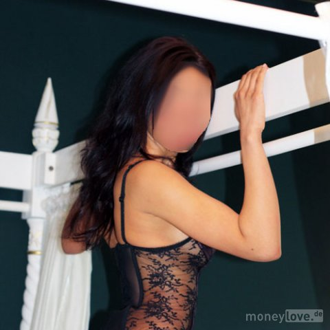 Phone numbers  of parlors nude massage  in Molina, Maule
