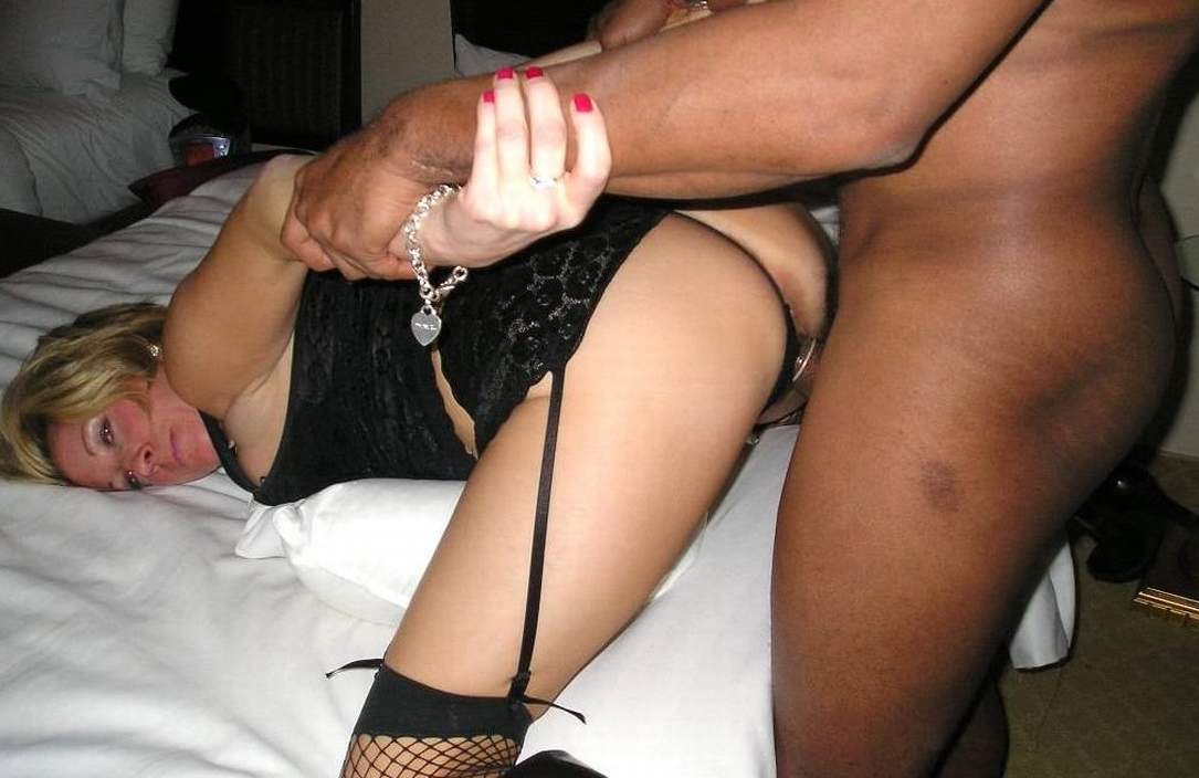 Nude massage in Norrtaelje (SE)